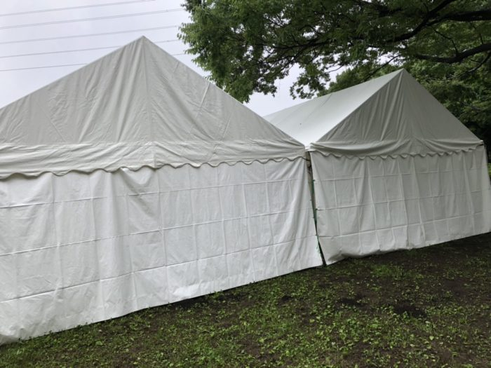 雨の中でもテント設営します!イベント21!