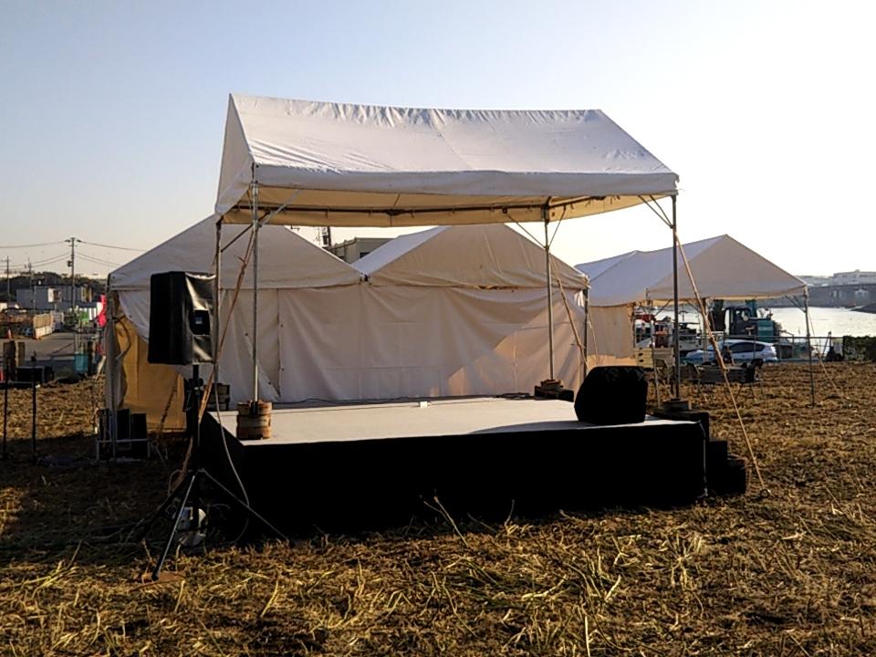 3坪テント 設置風景